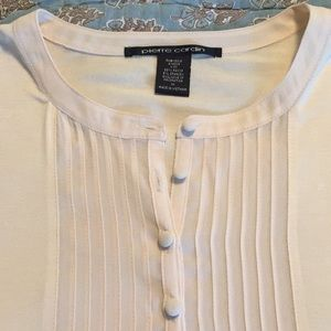 Pierre Cardin knit top w/ 3/4 sleeves size medium